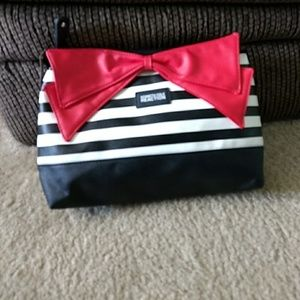 Kenneth Cole Reaction black, white & red bag…